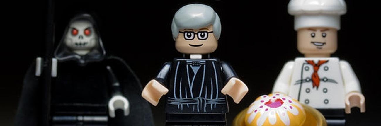 Lego Cake or Death - Eddie Izzard